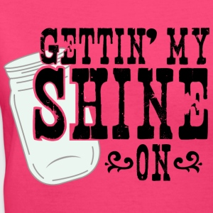 Gettin' My Shine On - Women's V-Neck T-Shirt