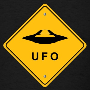 UFO Road Panel - Men's T-Shirt