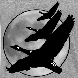 Geese in front of moon - Men's Premium T-Shirt