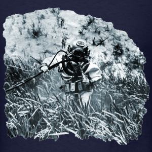 US Navy Diver with Mark V Diving Helmet Underwater - Men's T-Shirt