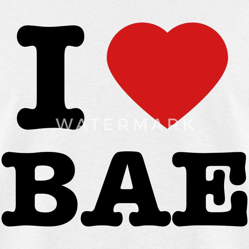 https://image.spreadshirtmedia.com/image-server/v1/compositions/1002214180/views/1,width=800,height=800,appearanceId=1,backgroundColor=E8E8E8,version=1485256808/men-s-i-love-bae-t-shirt-men-s-t-shirt.jpg