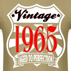 Aged to Perfection VINTAGE 1965 Birthday T-Shirt - Men's T-Shirt