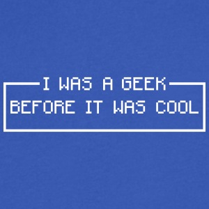 vintage geek T-Shirts - Men's V-Neck T-Shirt by Canvas