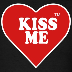 KISS ME T-Shirts - Men's T-Shirt