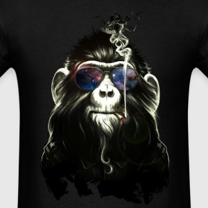 skoking monkey - Men's T-Shirt