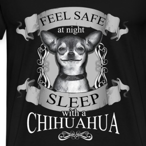 Chihuahua T-shirt - Feel save at night - Men's Premium T-Shirt