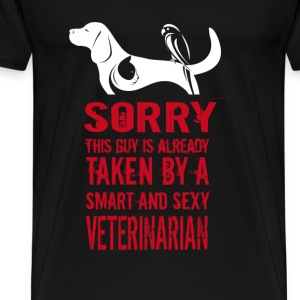 Veterinarian T-shirt - Taken by a vet - Men's Premium T-Shirt