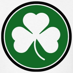 Circle Shamrock Irish Ireland T-Shirts - Men's T-Shirt