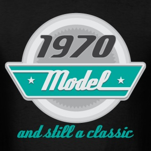 1970 Birth year Birthday classic T-Shirts - Men's T-Shirt