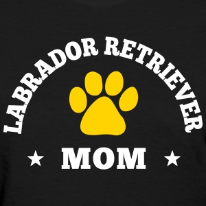 Labrador Retriever Mom Women's T-Shirts - Women's T-Shirt