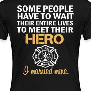 FIREFIGHTER'S WIFE - Women's Premium T-Shirt