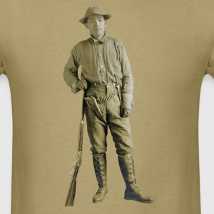 Vintage Armed Japanese Man with Rifle and Pistol - Men's T-Shirt