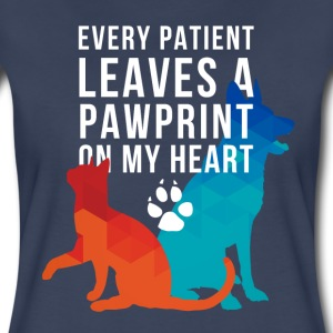 A pawprint on my heart Veterinarian T-shirt Women's T-Shirts - Women's Premium T-Shirt