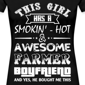 farmer's wife farmer girlfriend love with a farmer - Women's Premium T-Shirt