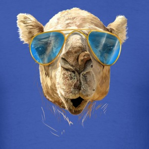 Camel with sunglasses T-Shirts - Men's T-Shirt