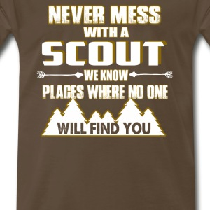 NEVER MESS WITH SCOUT - Men's Premium T-Shirt