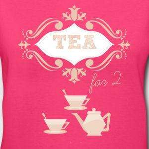 Tea for 2 romantic love - Women's V-Neck T-Shirt