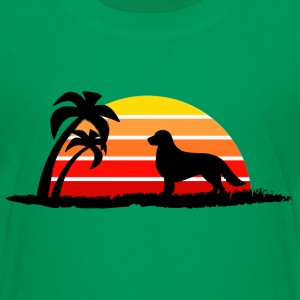 Golden Retriever on Sunset Beach - Kids' Premium T-Shirt