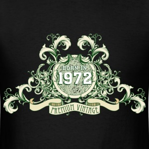 042016_born_in_the_year_1972c T-Shirts - Men's T-Shirt