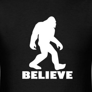 Believe in Bigfoot - Men's T-Shirt