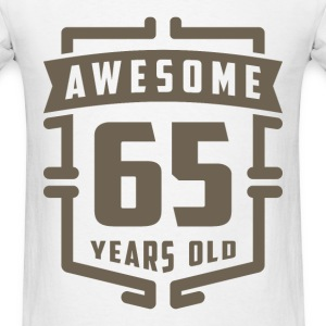 Awesome 65 Years Old - Men's T-Shirt