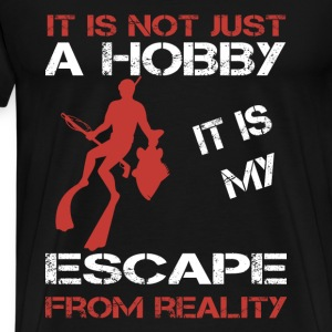 Spearfishing-It is my escape from reality - Men's Premium T-Shirt