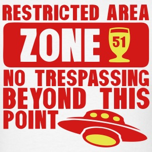 area 51 flying saucer alcohol aperitif T-Shirts - Men's T-Shirt