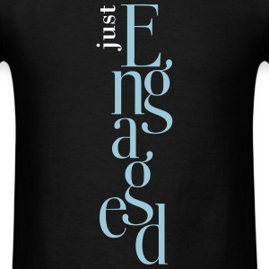 Just engaged_T-Shirt - Men's T-Shirt
