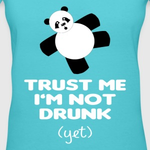 TRUST ME I'M NOT DRUNK (yet) - Women's V-Neck T-Shirt