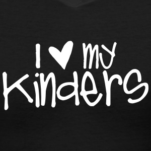 I Love My Kinders T-Shirts - Women's V-Neck T-Shirt