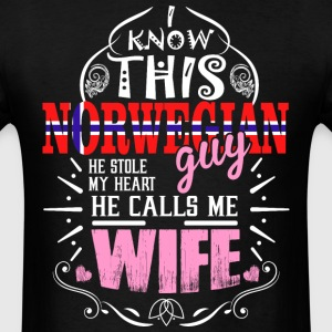 I Know This Norwegian Guy He Stole my Heart He Cal - Men's T-Shirt