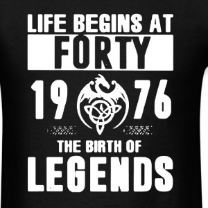1976 The Birth Of Legends - Men's T-Shirt
