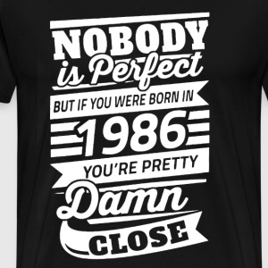 Born In 1986 Shirt - Men's Premium T-Shirt
