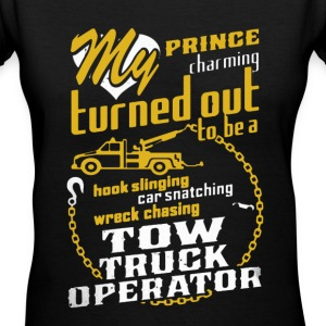 Tow Truck Operator Shirt - Women's V-Neck T-Shirt