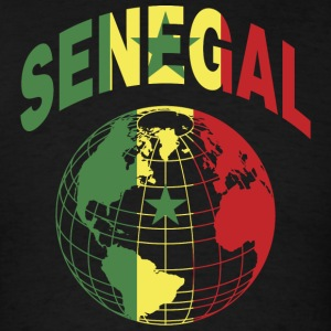 Senegal Flag In Globe T-Shirt - Men's T-Shirt