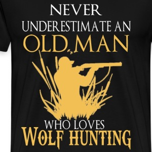 Wolf hunting - An old man who loves wolf hunt - Men's Premium T-Shirt