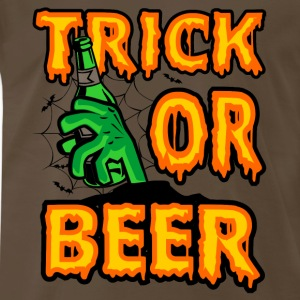 Halloween gift for beer lover - Trick or beer - Men's Premium T-Shirt