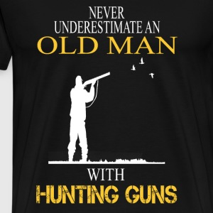 Hunter - Old man with hunting guns cool t-shirt - Men's Premium T-Shirt