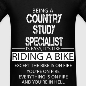 Country Study Specialist T-Shirts - Men's T-Shirt