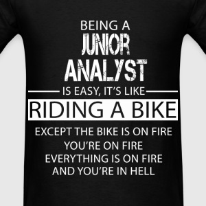Junior Analyst T-Shirts - Men's T-Shirt