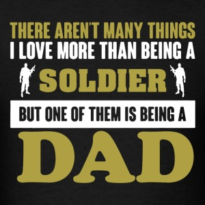 Soldier Dad Shirt - Men's T-Shirt