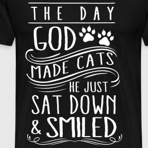 Cats - The day god made cats he just smiled tee - Men's Premium T-Shirt