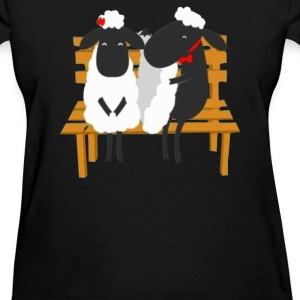 sheep love valentine's - Women's T-Shirt