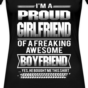 Girl friend - I'm a girl friend of an awesome boy - Women's Premium T-Shirt