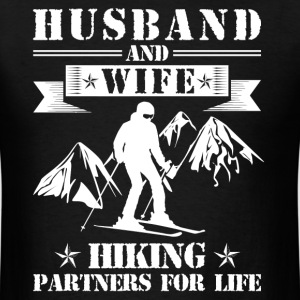 Husband And Wife Skiing Partners - Men's T-Shirt
