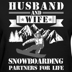 Husband And Wife Snowboarding Partners - Women's T-Shirt