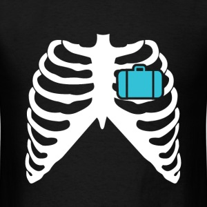 MY HEART BEATS FOR TRAVELLING! I LOVE TRAVELLING! T-Shirts - Men's T-Shirt