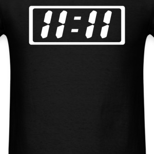 eleven numbers everywhere - Men's T-Shirt