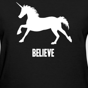 unicorn believe - Women's T-Shirt