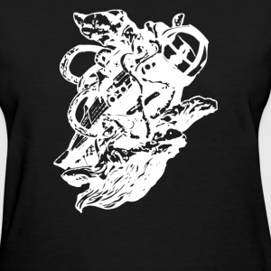 Giant Squid vs - Women's T-Shirt